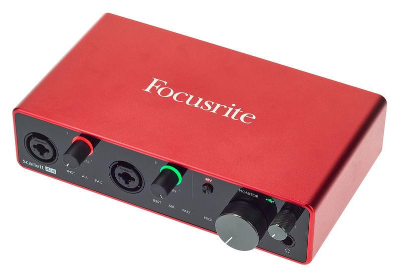 Interfaz de audio: Focusrite Scarlett 4i4 3rd Gen