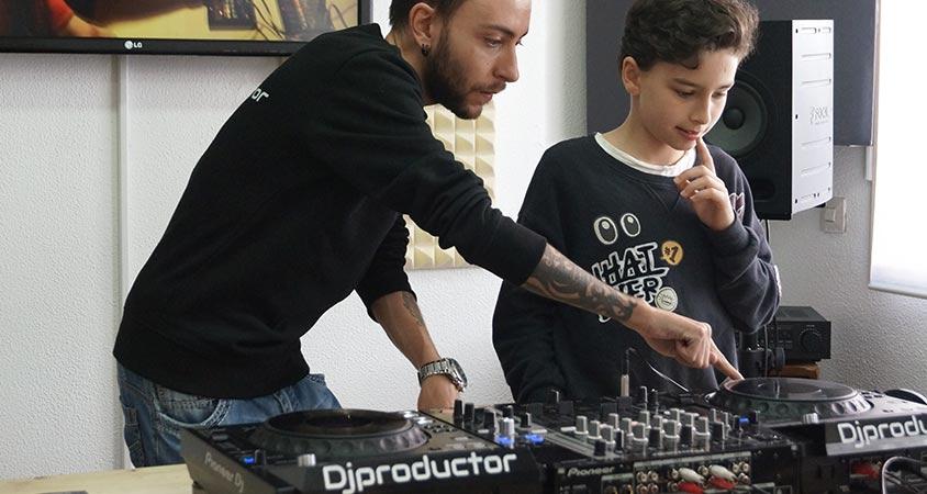 curso-dj-ninos-kids-madrid-