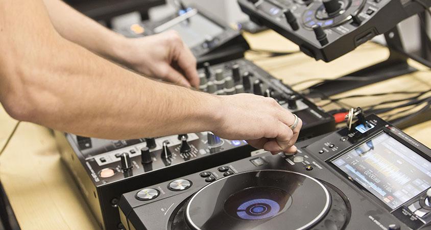 trabajos-de-alumnos-escuela-dj-productor-madrid