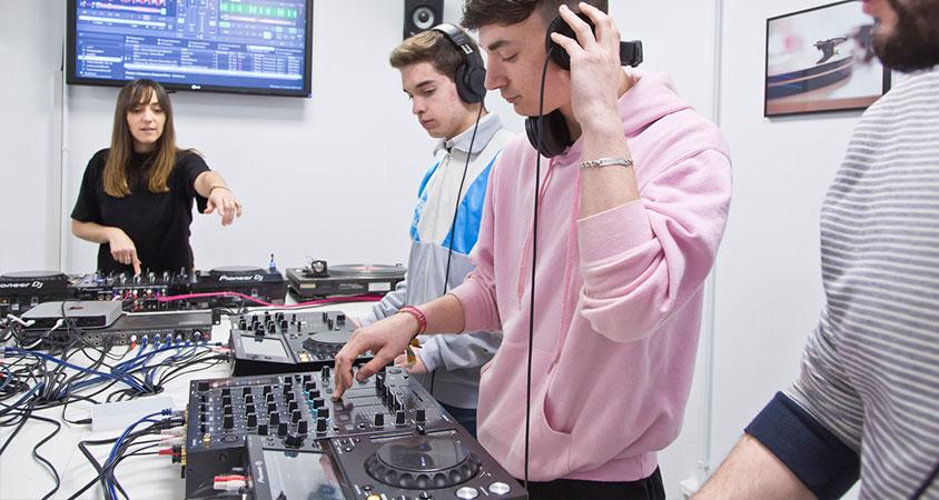 cursos-programas-dj-deejay-djp-music-school-madrid